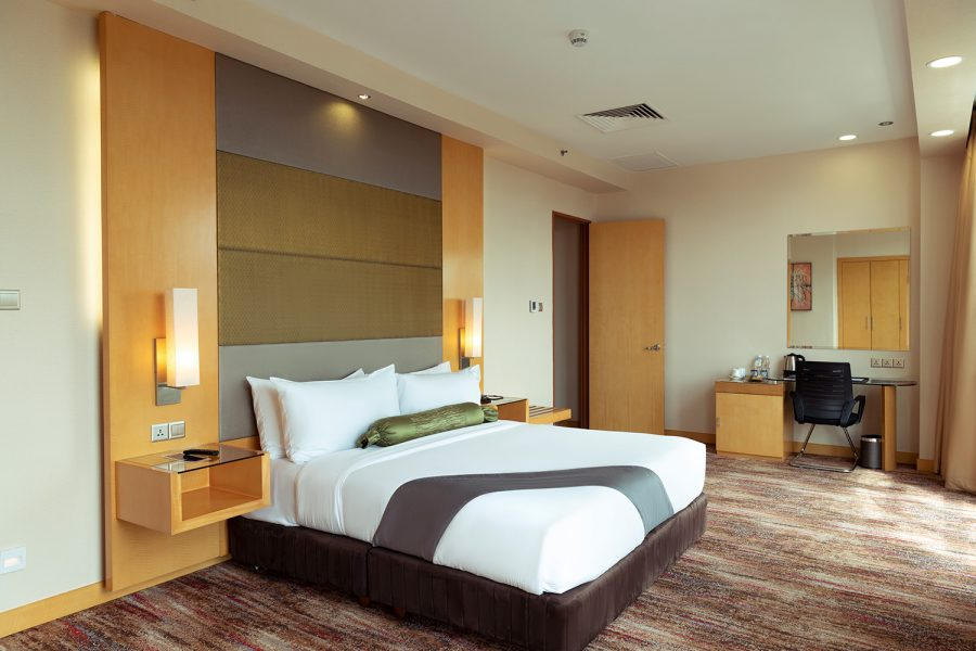 Premier Rooms The Waterfront Hotel
